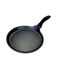 Crepe Pan, Swiss Diamond non-stick, 9 inch