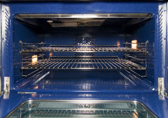 NXR Ranges feature large capacity ovens with heavy duty hinges